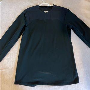 Size small lulu long sleeve shirt